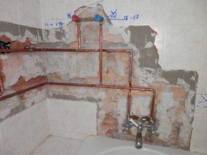 Fürdőszobai vízvezeték szerelés bontással