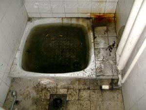 Zuhanytálca duguláselhárítás